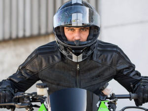 How to take care of your moto helmet