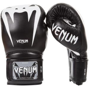Boxing gloves  VENUM GIANT 3 Black